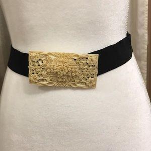 Accessories - VINTAGE CARVED BUCKLE STRETCHY BELT